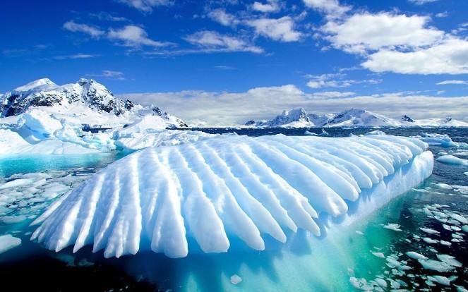 antarctica_2642820k